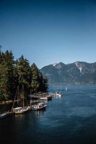 British-Columbia---kinh-te-1