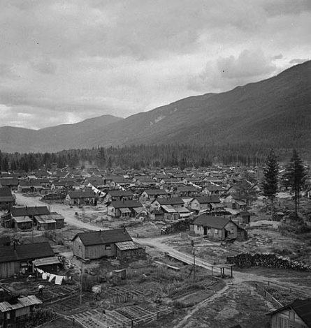 British Columbia - lich su 1 - 1944