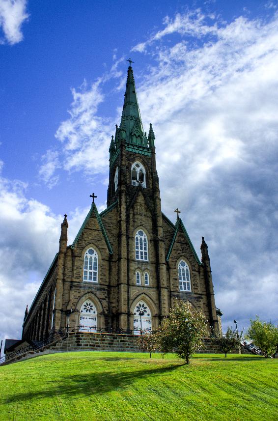 Canada Plaza - Giới thiệu tỉnh bang New Brunswick-St._Michael's_Basilica,_Miramichi 1