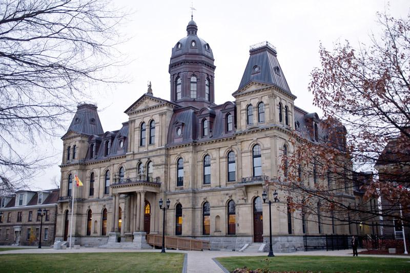 Canada Plaza - Giới thiệu tỉnh bang New Brunswick_Tòa nhà lập pháp TỈNH