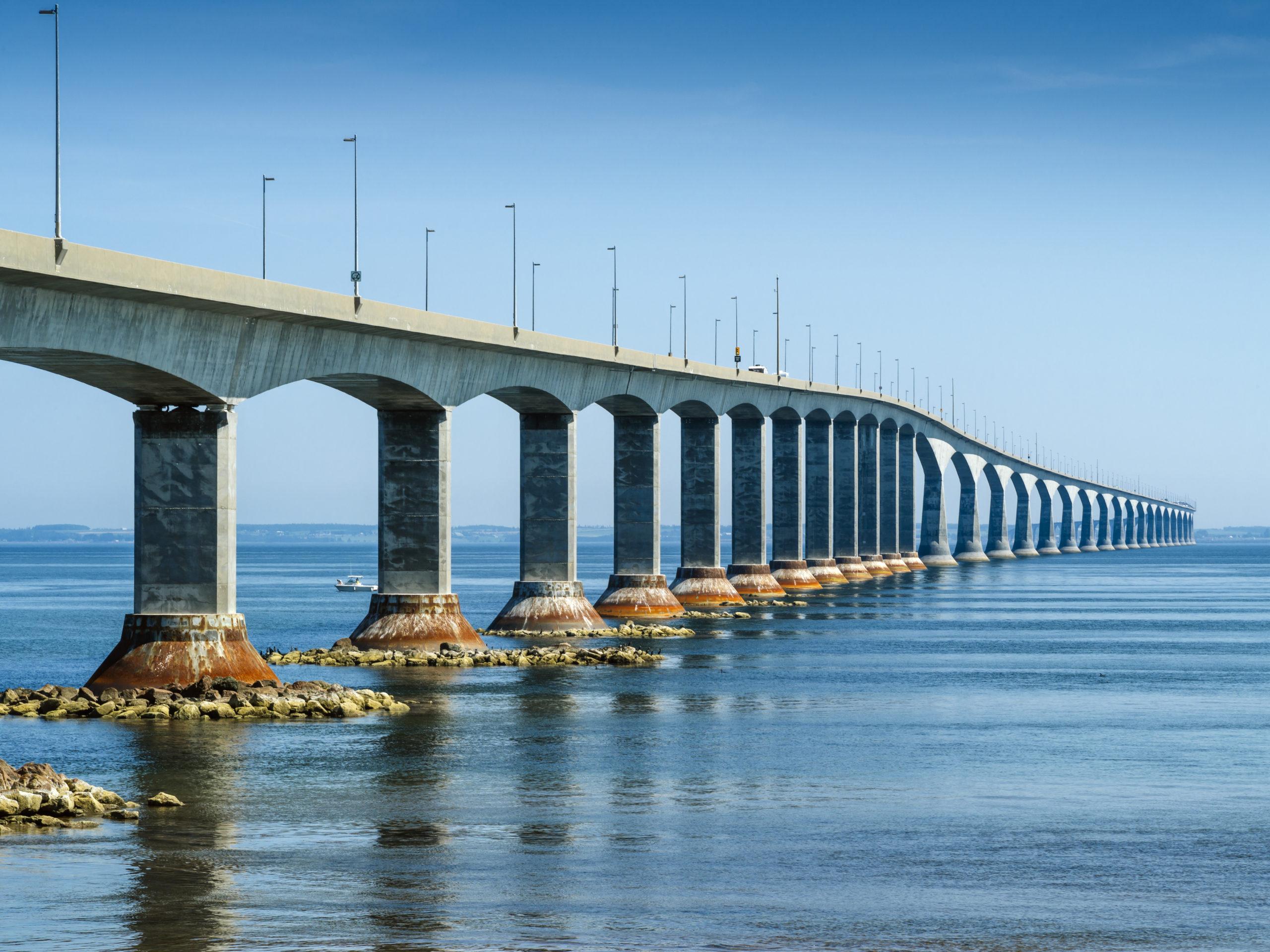 Giao thông Prince Edward Island - Cầu liên bang