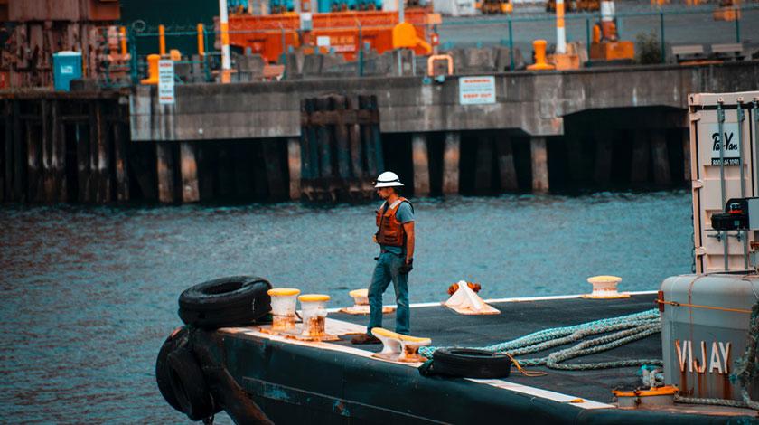 Giám sát hàng hải (Logistic Personnel)