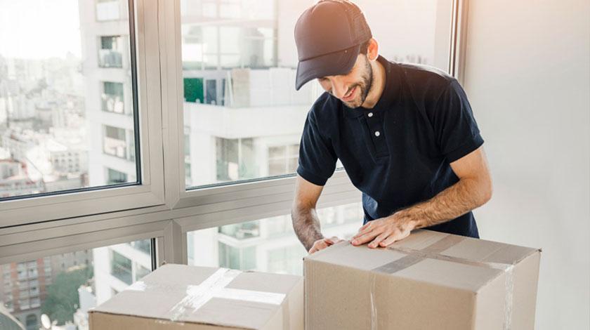 Nhân viên đóng gói (Packaging Staff)