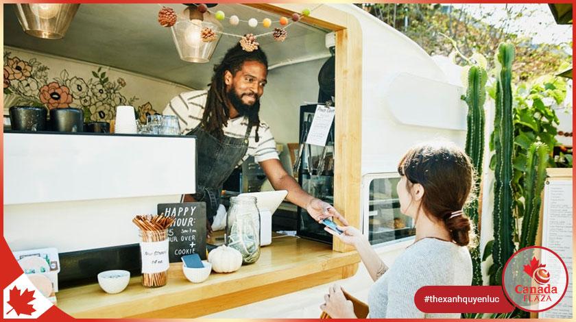 Thủ tướng Chính phủ Canada tuyên bố hỗ trợ các doanh nhân và chủ doanh nghiệp da màu-1