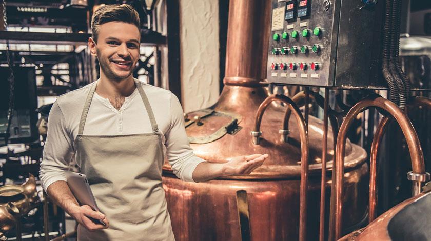 Công nhân vận hành máy - Nhà máy bia (Machine Operator - Beer Factory