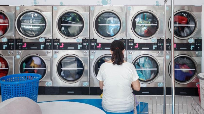 Giám sát giặt ủi 1