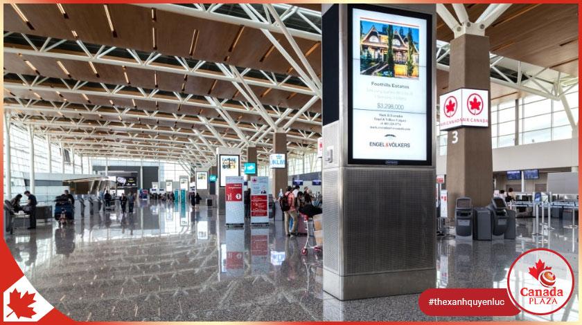 Hầu hết người nhập cảnh Canada xét nghiệm âm tính với coronavirus tại sân bay Calgary 1